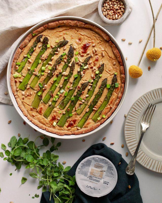 Kuva parsapiirakasta, gluteeniton ja vegaaninen